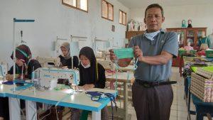SMK Yasti Sukabumi Produksi 5.000 Masker Gratis Perangi Covid-19