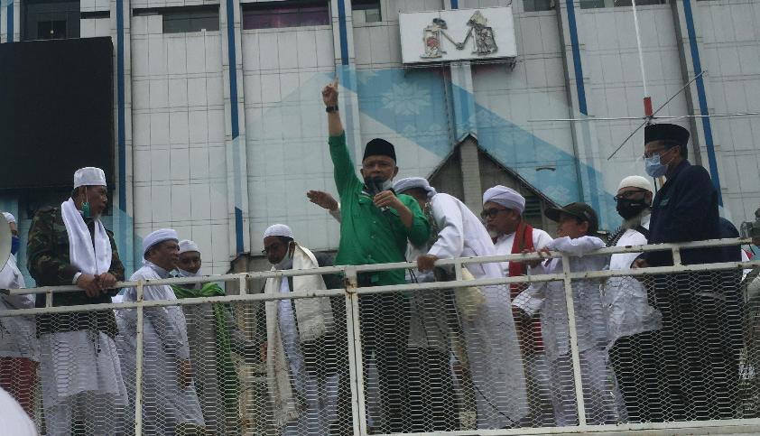 Photo of Persatuan Ummat Islam Desak Macron Tarik Ucapannya dan Minta Maaf Kepada Warga Dunia