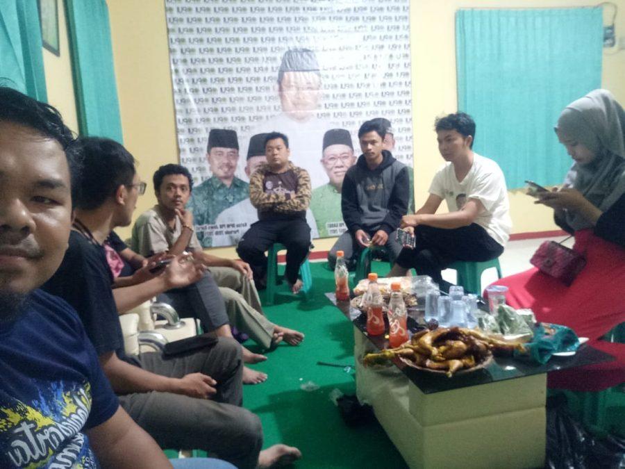 Photo of Melalui Ngopi Bareng, Pemuda PUI Garut Jaga Kekompakan dan Diskusikan Program